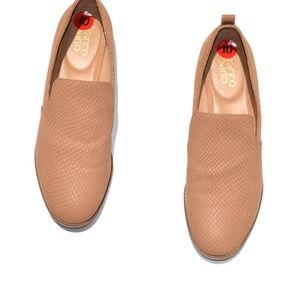 Franco Sarto Snake Embossed Leather Loafer Size 10